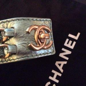 CHANEL Jewelry - Aqua '08p Metallic Leather Cc Turnlock Bracelet